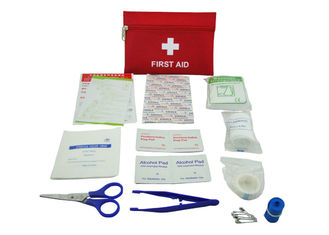 Cina 13 Contents First Aid Emergency Kit , First Aid Travel Kit With Oxford Fabric Pouch pemasok