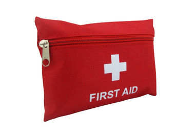 Cina Customized Size Emergency First Aid Kit For Travelling / Hiking 114.5g pabrik