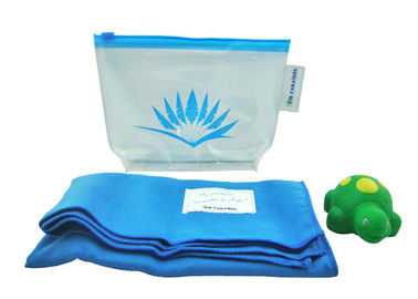 Cina Novel Shower Set Airline Amenity Kits with PVC bag / Bath Towel / Squirt Toy pabrik